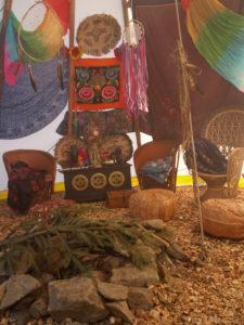 Themenparty Ideen, Dekorationen mieten, Eventdeko mieten, Dekozelt mieten, Deko Hippie & Woodstock